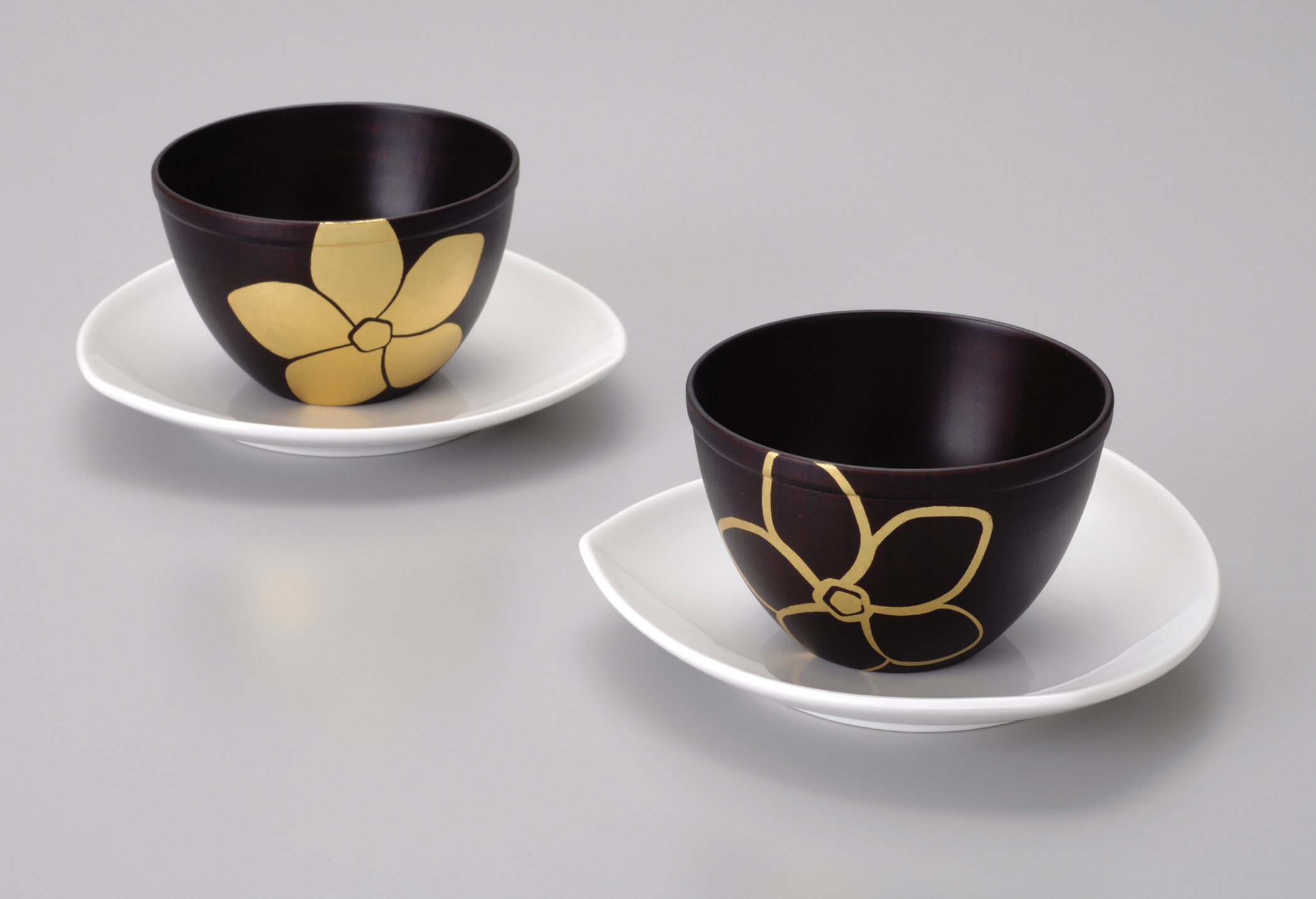 Gold Flower Black Bowl u0026 Plate Set Authentic Kanazawa-haku Gold : ceramic plates and bowls - pezcame.com